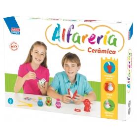Jogo de cerâmica para crianças