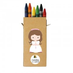 Lápis de cera de comunhão da menina