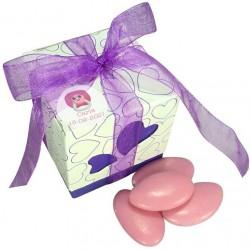Caixas com doces decorados para batismo da menina