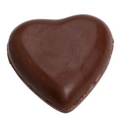 Coração de chocolate cheio de nuvens