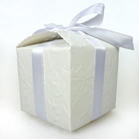 Caixa decorativa de papelão