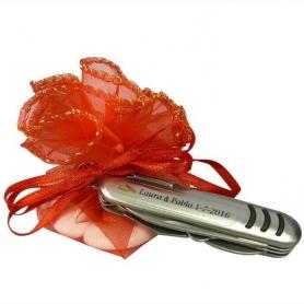 Pequenas facas de casamento