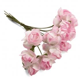 Enfeites de flores de papel