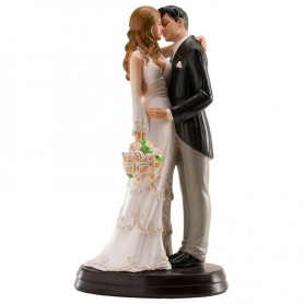 Figuras elegantes dos noivos